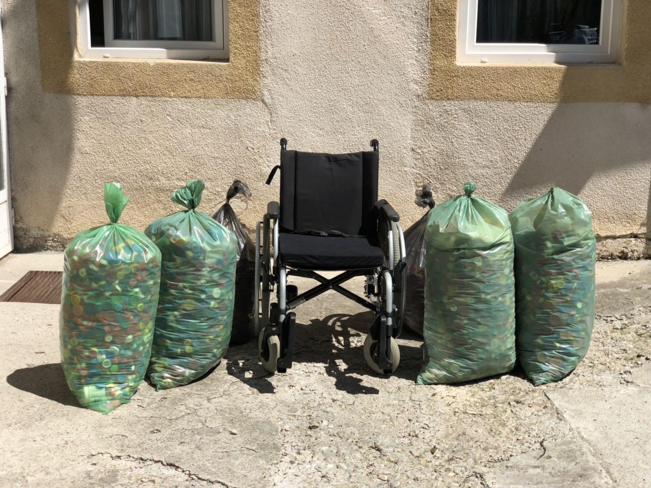 Invalidska kolica, čepovi, foto: RBS