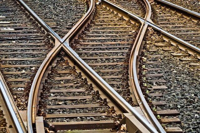 Miletić traži da što pre krene železnički saobraćaj kroz Svrljig